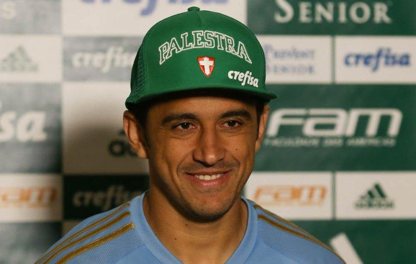 O meia Robinho vai reencontrar seu ex-clube, o Coritiba, na partida desta quarta-feira (12). (Cesar Greco/Ag. Palmeiras/Divulgação)