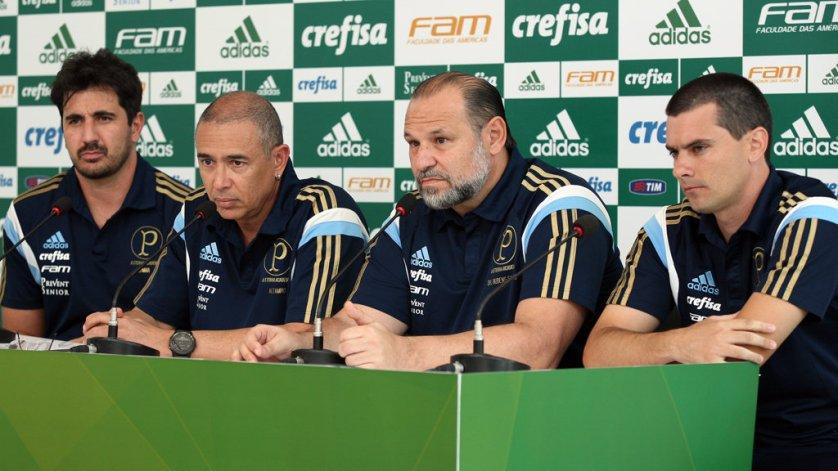 Da esq. para dir., Jomar Ottoni, Altamiro Bottino, Rubens Sampaio e Thiago Santi. (Fabio Menotti/Ag.Palmeiras/Divulgação)