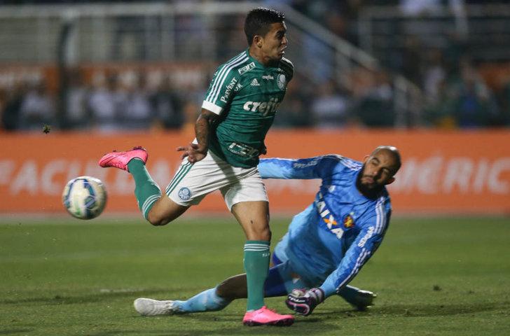 O atacante Dudu entrou na segunda etapa da partida contra o Sport. (Cesar Greco/Ag. Palmeiras/Divulgação)