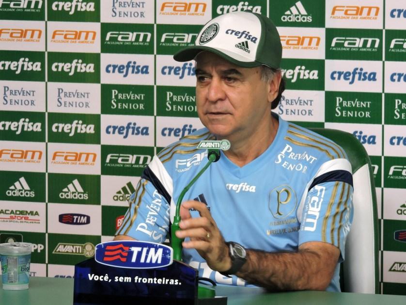 Marcelo Oliveira concedeu entrevista coletiva nesta sexta-feira (20) na Academia de Futebol. (Mídia Palmeirense)