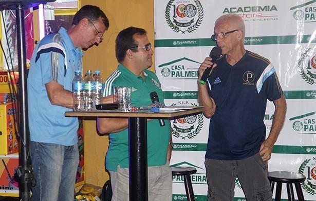 Divino convoca a torcida alviverde para assistir ao primeiro jogo da final da Copa do Brasil ao seu lado. (Thiago Gomes)