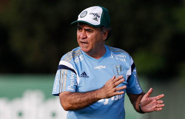 Marcelo Oliveira comandou treinos técnicos e táticos nesta sexta-feira (13). (Cesar Greco/Ag. Palmeiras/Divulgação)