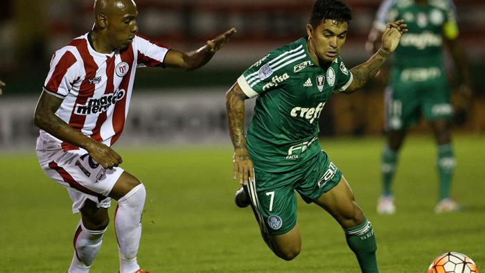Palmeiras ficou no empate por 2 a 2 com o River Plate-URU. (Cesar Greco/Ag. Palmeiras/Divulgação)