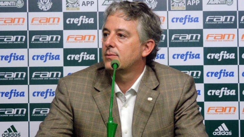 Paulo Nobre foi à sala de imprensa da Academia de Futebol para conversar com os jornalistas. (Mídia Palmeirense)
