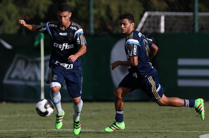 Cleiton Xavier fez atividades técnicas nesta segunda (04). (Cesar Greco/Ag.Palmeiras/Divulgação)