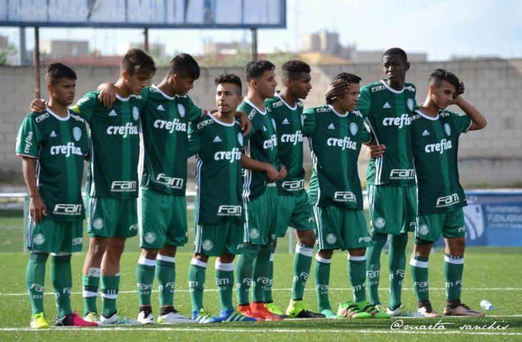 Mesmo com vice-campeonato, elenco palmeirense deixou competição de forma invicta. (Divulgação)