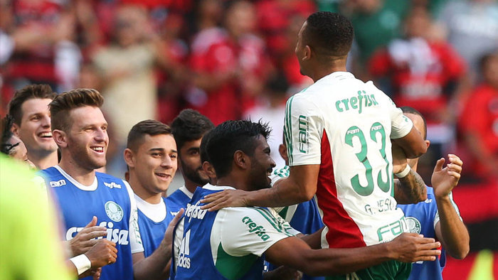 Aos três do primeiro tempo, Gabriel Jesus abriu o placar no Mané Garrincha. (Cesar Greco/Ag Palmeiras/Divulgação)