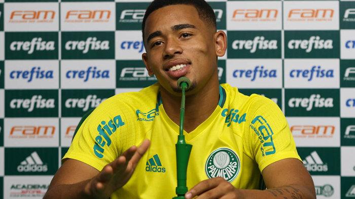 Gabriel Jesus concedeu entrevista coletiva nesta quarta-feira (29). (Cesar Greco/Ag.Palmeiras/Divulgação)