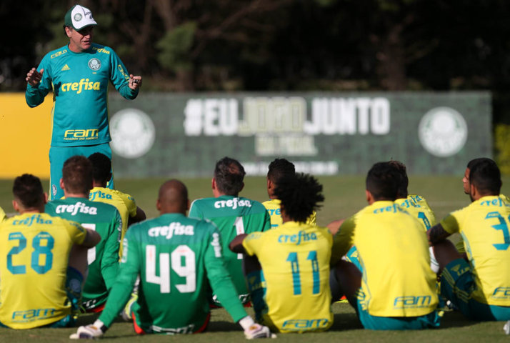 Técnico Cuca relacionou 2 jogadores para o confronto com o Internacional. (Cesar Greco/Ag.Palmeiras/Divulgação)