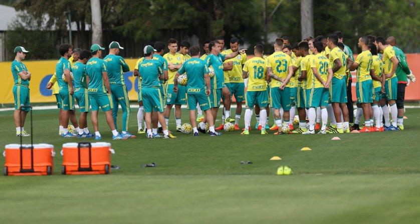 Após o treino, o técnico Cuca divulgou a lista dos relacionados com 24 nomes. (Cesar Greco/Ag.Palmeiras/Divulgação)