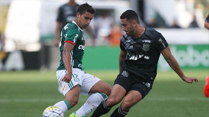 Jean marcos os dois gols da vitória do Palmeiras sobre o Figueirense. (Cesar Greco/Ag Palmeiras/Divulgação)