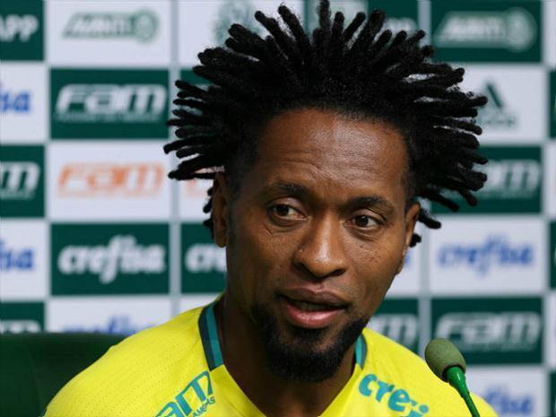 Zé Roberto é o atleta mais experiente do elenco palmeirense. (Cesar Greco/Ag.Palmeiras/Divulgação)
