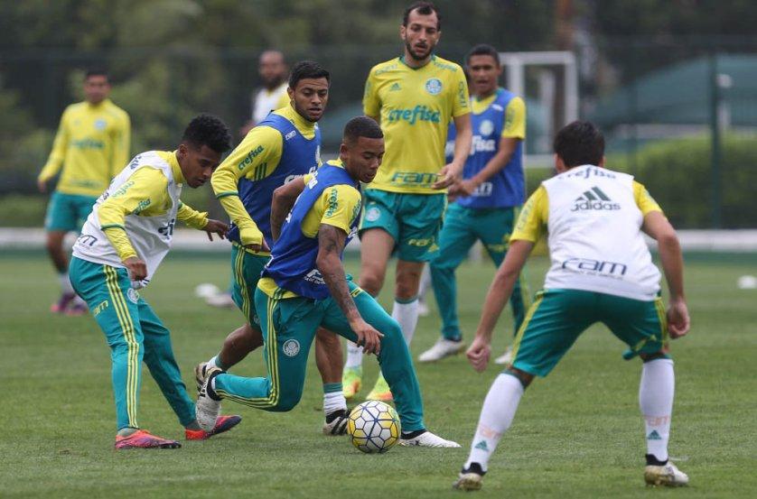 Na Academia de Futebol, Palmeiras fez o último treino antes de encarar o Internacional. (Cesar Greco/Ag.Palmeiras/Divulgação)