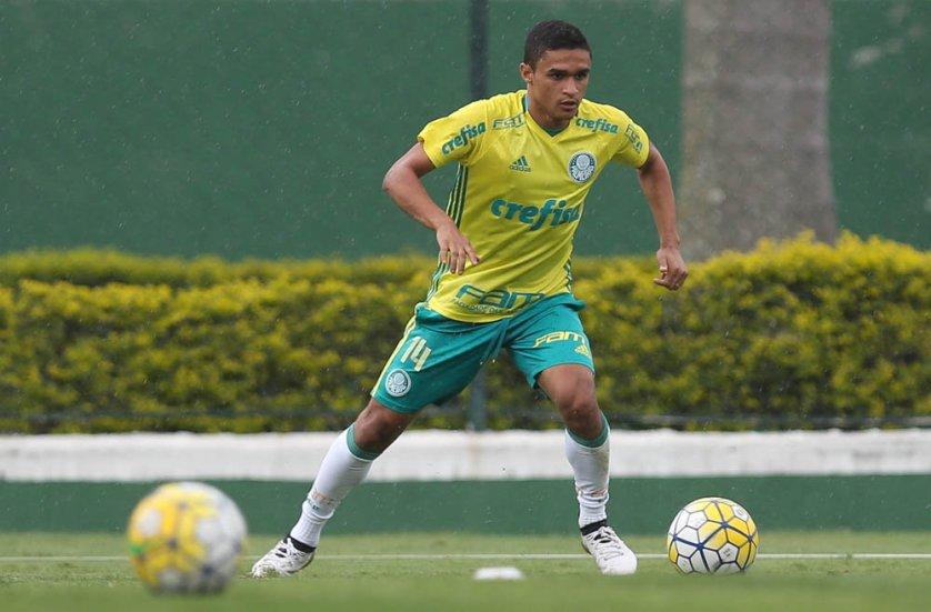 Erik deu três assistências para gols na manhã deste sábado (12). (Cesar Greco/Ag.Palmeiras/Divulgação)
