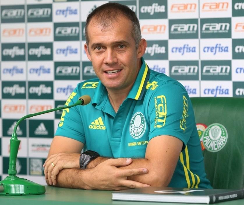 Eduardo Baptista entrevista coletiva nesta sexta-feira (20). (Fabio Menotti/Ag Palmeiras/Divulgação)