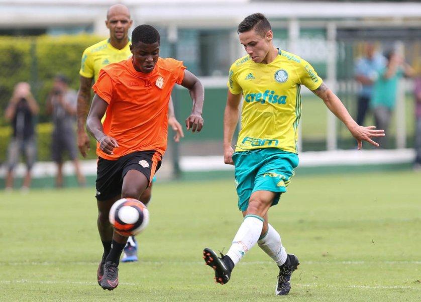 Após ter marcado contra a Chape, Veiga deixou sua marca nesta quinta (26) também. (Cesar Greco/Ag Palmeiras/Divulgação)