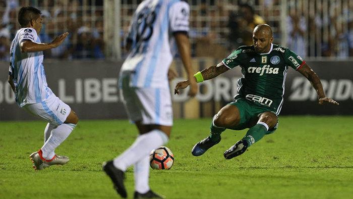 Suspenso, Melo desfalcará o Verdão diante do São Paulo no próximo sábado (11). (Cesar Greco/Ag.Palmeiras/Divulgação)