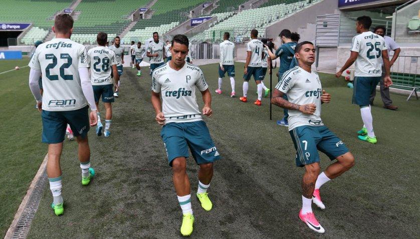 Elenco fez recreativo no Allianz Parque antes de estreia no Brasileiro. (Cesar Greco/Ag Palmeiras/Divulgação)