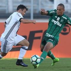 Gabriel Furtado avalia estreia pelo Verdão: 'Com o pé direito'