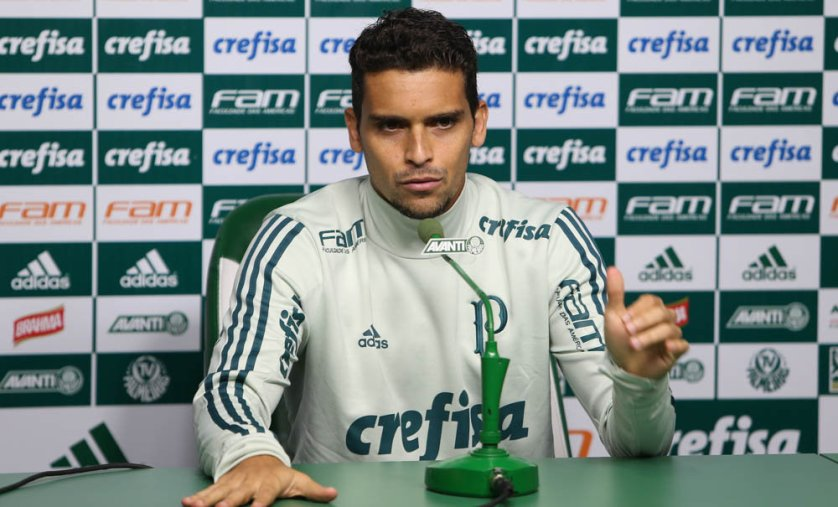 Jean concedeu entrevista coletiva após o treino desta terça-feira (20). (Cesar Greco/Ag Palmeiras/Divulgação)