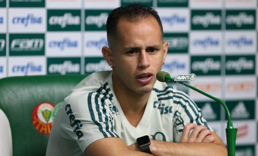 O meia Guerra concedeu entrevista coletiva na tarde desta quarta-feira (16). (Cesar Greco/Ag. Palmeiras/Divulgação)