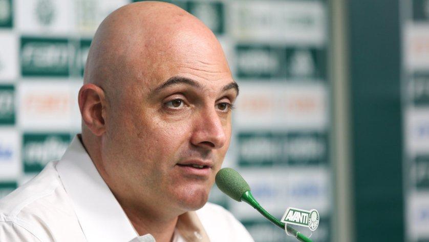 Galiotte falou com os jornalistas sobre a saída de Cuca, a situação de Róger Guedes e também sobre Alberto Valentim. (Cesar Greco/Ag. Palmeiras/Divulgação)