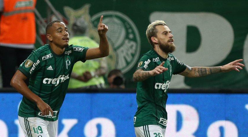 Papagaio marcou o gol que fez a partida entrar para a história. (Cesar Greco/Ag Palmeiras/Divulgação)