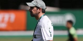 Abel Ferreira retorna de Portugal e comanda a equipe em preparação para a Recopa
