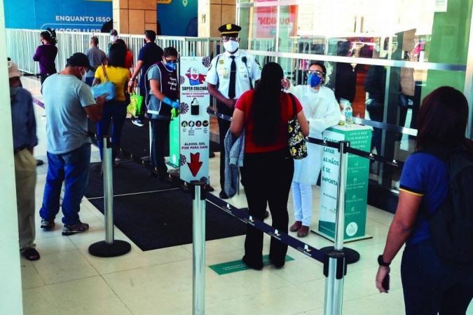 Governo do Distrito Federal autoriza a abertura de shoppings