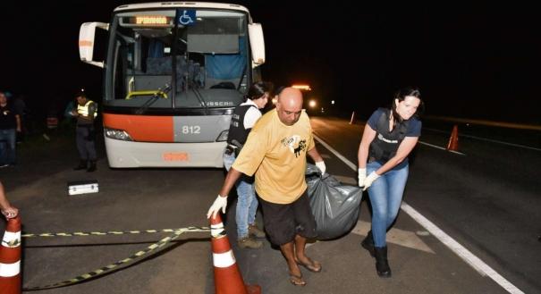 Dois passageiros foram mortos em assalto a ônibus na Rodovia do Sol, em Guarapari