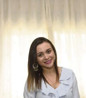Rayani Ferri, de 24 anos, levou um tiro na cabeça durante a greve da Policia Militar do Espírito Santo. Ficou uma semana na UTI