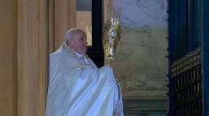 Fake news sobre el Papa y bendición urbi et orbi circula en WhatsApp