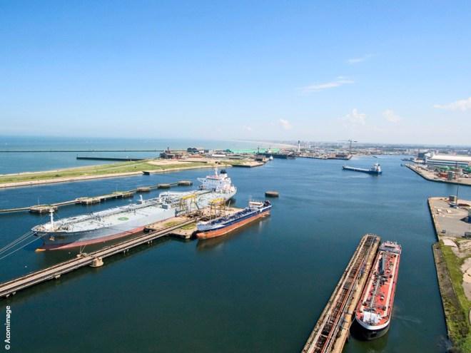 01_Dunkerque_Port_Vracs_liquides