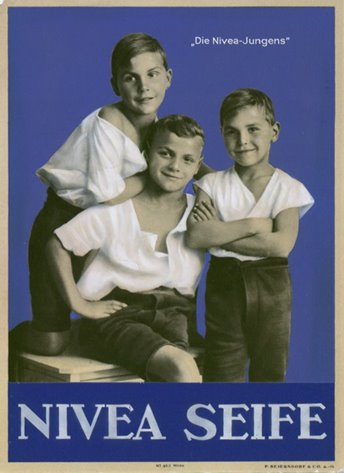 "WorldPressOnline_the-advertising-concept-with-the-""nivea-boys""-1925"