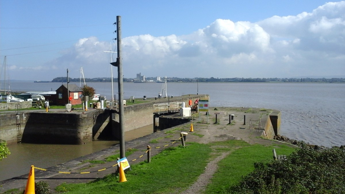 Lydney Harbour & Docks Walking