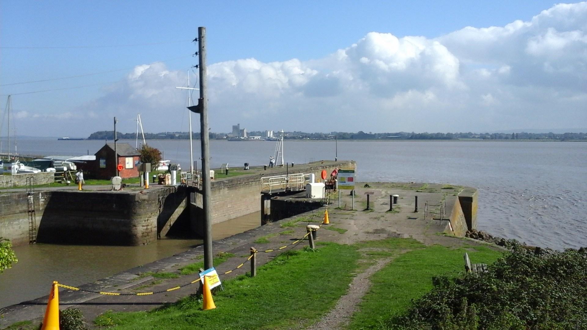 Lydney Harbour & Docks Walking