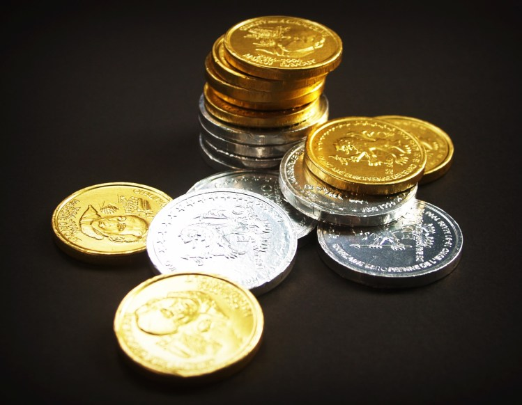 6 Major Benefits of Investing in Gold and Silver Coins