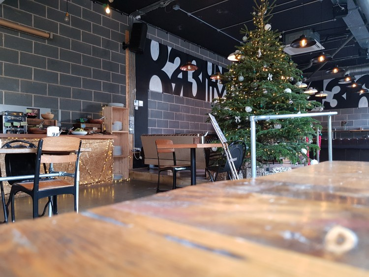 What I ate Wednesday | Christmas meal at Natural Bar and Kitchen + Dessert at Medicine Bakery