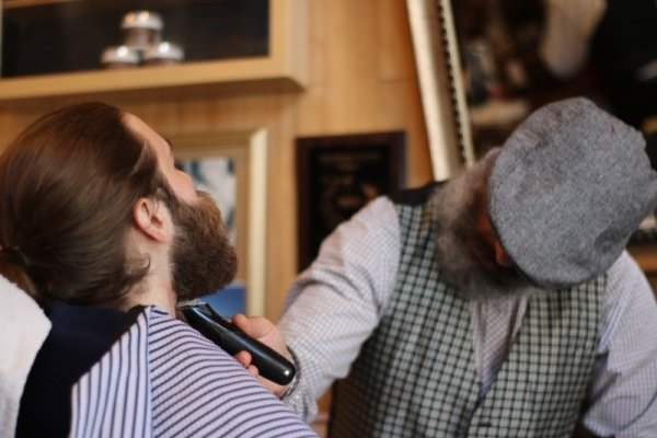 clipper-masculinity-barber-shop.jpg