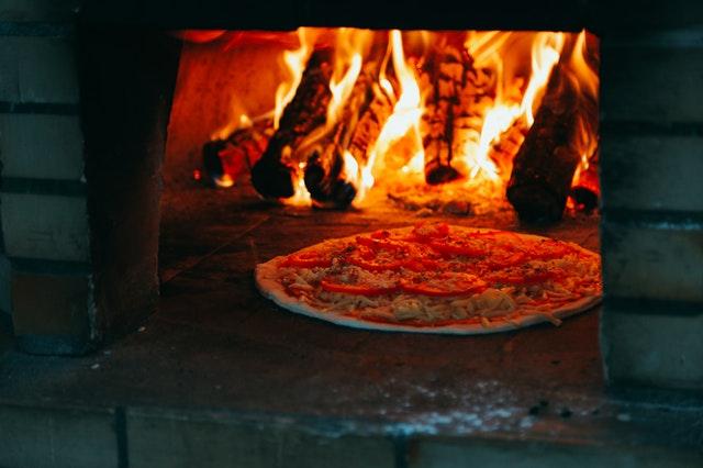 bonfire-furnace-heat-1878346.jpg