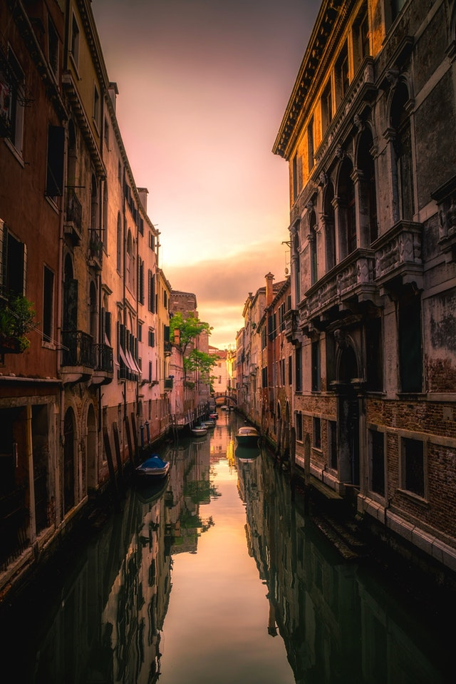 European Cities | Art & Architecture and beauty of Venice and Paris