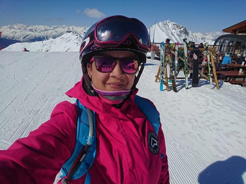 shell-solo-snowboarding-2019.jpg