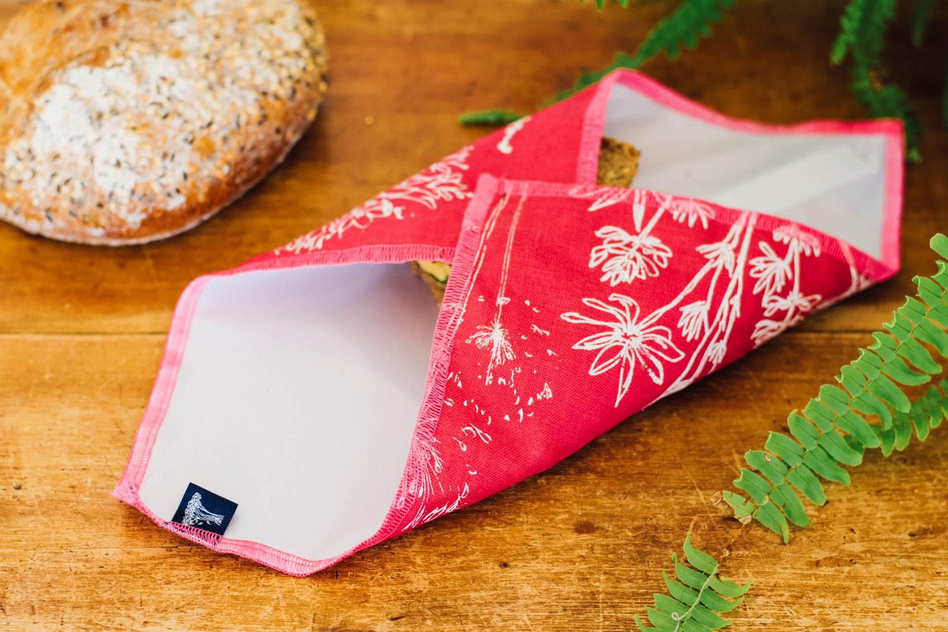 Win a Reusable Sandwich Wrap by Helen Hound - Midlands traveller