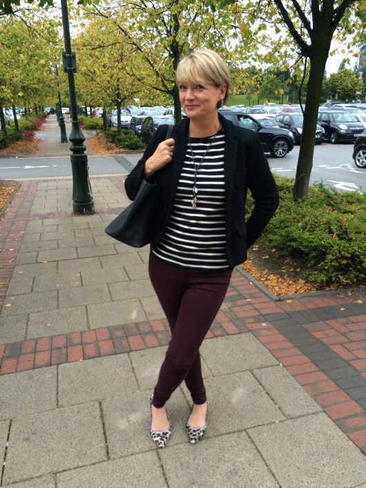 casual chic for women over 40