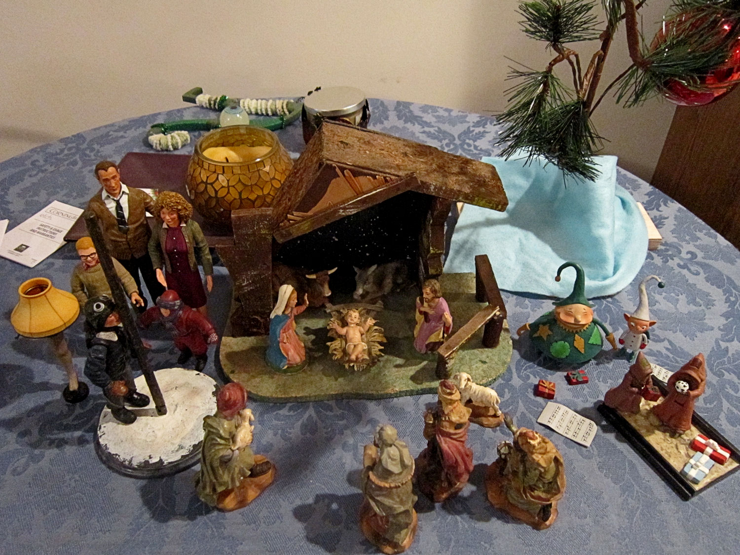 Our Very Special Christmas Diorama And Wreaths Midlife