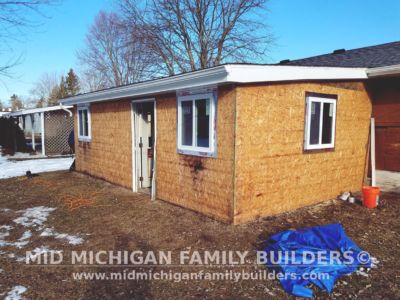 MId Michigan Family Builders Driveway & Siding Project 04 26 18 04