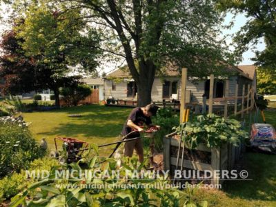 Mid Michigan Family Builders Custom Hand Built Cedar Shadow Box Fence 06 25 2018 05