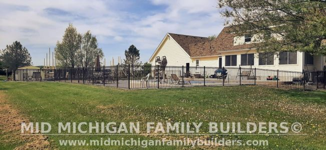 Mid Michigan Family Builders Fence Project 05 2021 04 03