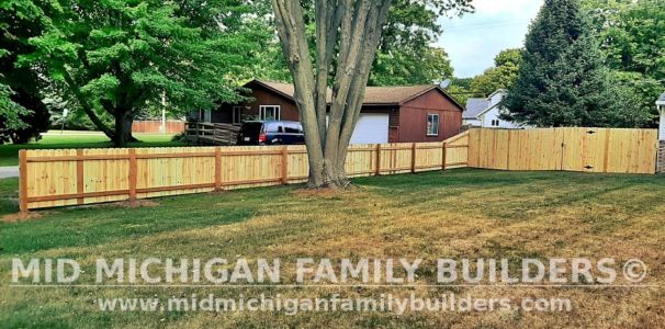 Mid Michigan Family Builders New Fence Project 09 2021 01 02