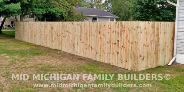 Mid Michigan Family Builders New Fence Project 09 2021 03 04